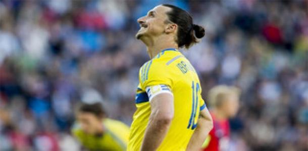 Galliani Enggan Beri Komentar Terkait Transfer Ibrahimovic